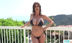 Stepmom alexis fawx uses stepson encircling fulfill say no to licentious needs