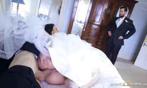 Cheating bride simony diamond can't live without anal - brazzers