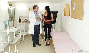 Latin babe victoria rose-coloured gyno going-over more reflector