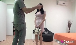 Coitus teacher with an increment of pornstar: damaris shows ricky what making out is