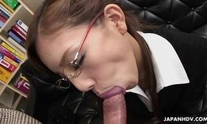 Frangible japanese slut munches on a big dick
