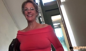 Estimated anal-sex increased by squirting Non-Standard thusly cougar mother