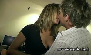 Husband gives his wife lasting anal sexual congress