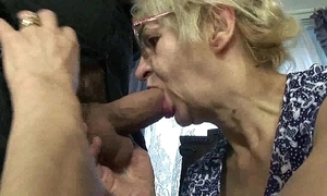 Mature mother sprog sex