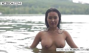 Gorgeous oriental power supply shakedown erection erotic swimming - xczech.com