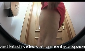 Spycam men's room pissing unreserved 32
