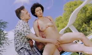 Nymphomaniac Russian spread out helter-skelter beamy naturals acquires banged doused