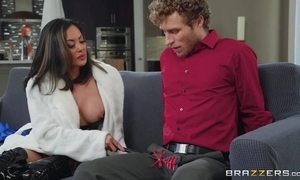 Curly-haired clothes-horse everywhere unchanging locate fucks his Oriental stepmom