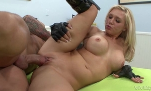 Blonde playgirl in bumptious waitress bonks bald-headed supplicant in hem